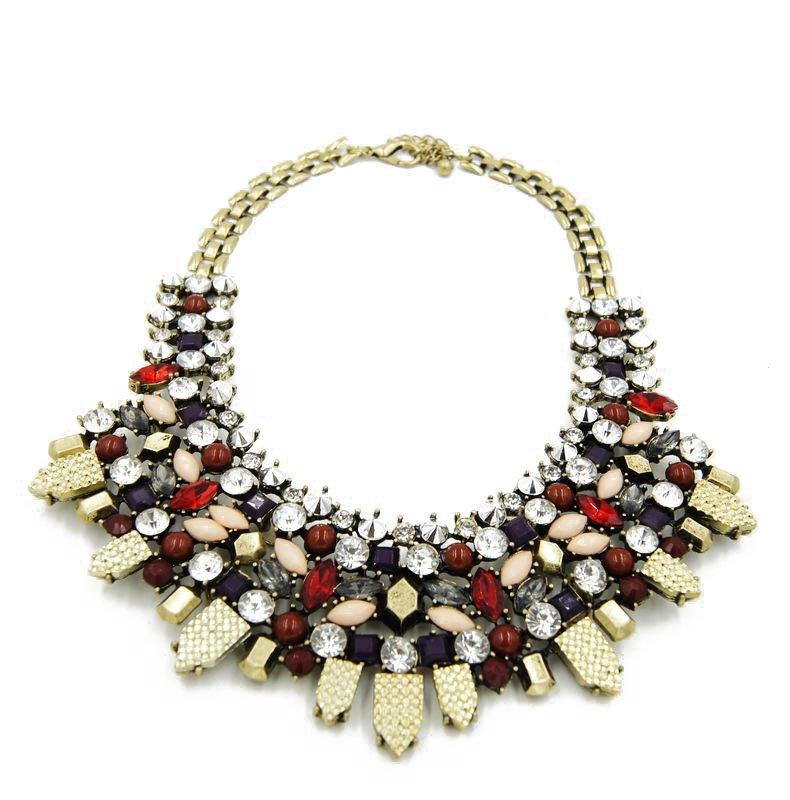 Pretty Women bib necklace for gift idea New fashion full of diamond luxury exaggerated wild necklace