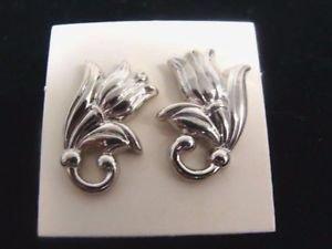 Avon Spring Tulip Pierced Silvertone Earrings