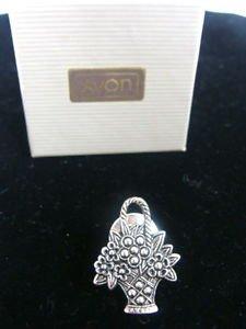 Avon Silver Tone Basket Pin - (NEW)