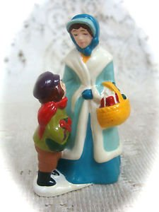 McConnell's Corners  Christmas Figurine 1982
