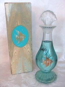 Avon Sea Fantasy Bud Vase Smooth As Silk Bath Oil Decanter 6 fl. oz.