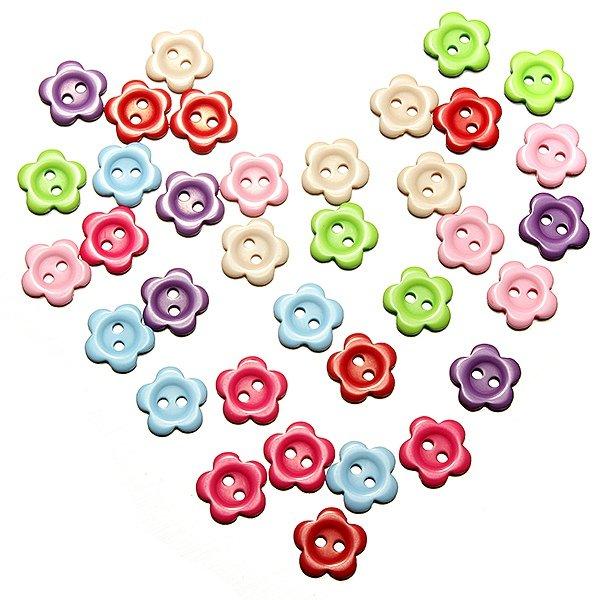 200Pcs 2 Holes Plum Flower Shape Resin Button Sewing Accessories
