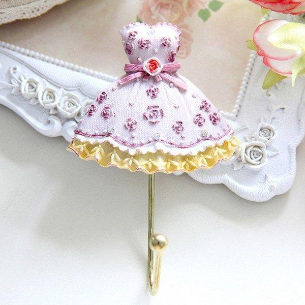 Elegant Heart Rose Dress Wall Hook Towel Clothes Hanger Holder