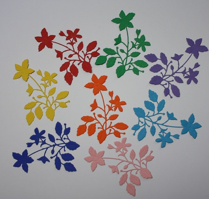 8 Pretty Flower Blooms/Die Cuts/Scrapbooking/Paper Cuts/Flowers/Card Making/Embellishment