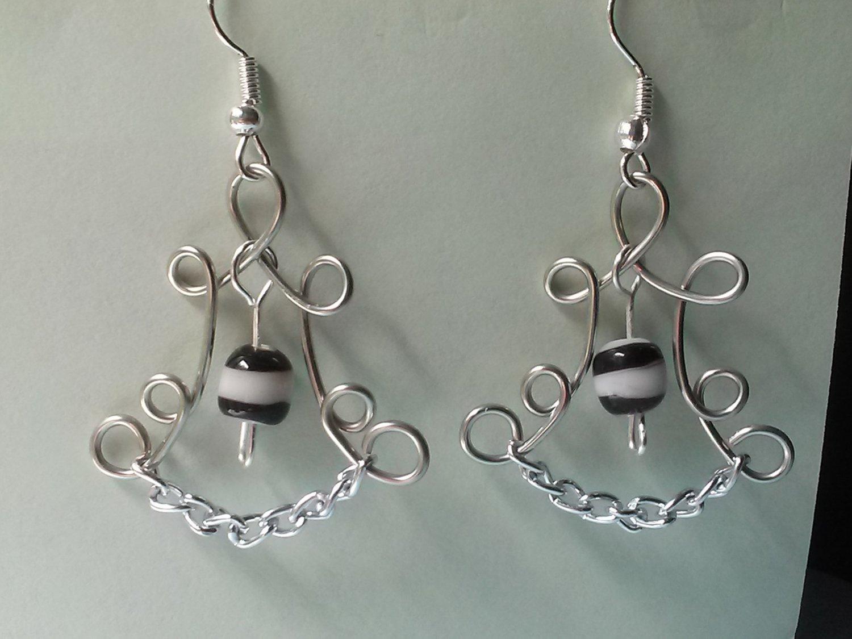 Wire Design Earrings