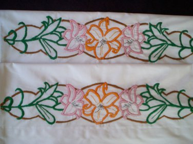 set of 2 white pillowcases day lilies hand embroidered
