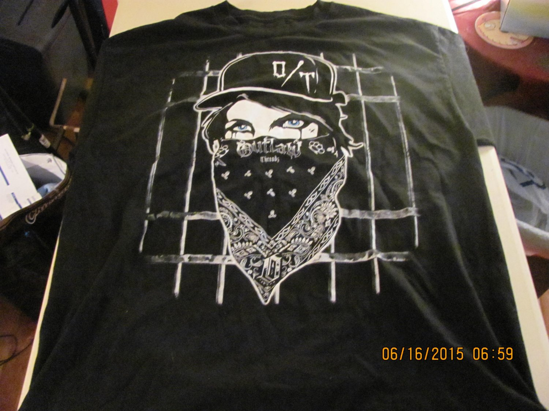 Outlaw Threadz Mens T shirt