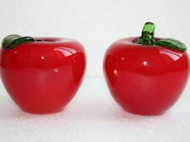 Pair of Vintage Murano Style Red Glass Apples Paperweights Green Glass Leaf Ex