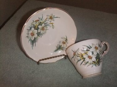 Cup/Saucer Regency Bone China England Daffodil