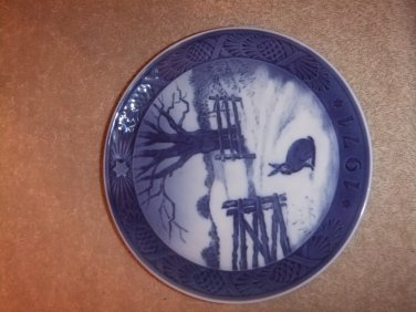 "Royal Copenhagen Collector Plate 1971""Hare in Winter"""
