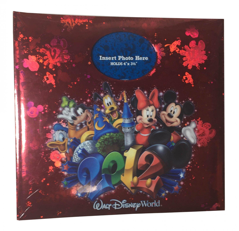 """2012 Walt Disney World Mickey Friends Album Holds 200 4"""" x 6"""" Photos"""