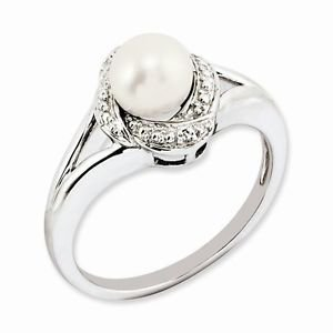 STERLING SILVER DIAMOND AND FRESHWATER CULTURED PEARL RING- SIZE 5
