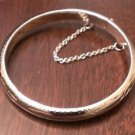 "STERLING SILVER HINGED BABY BANGLE BRACELET WITH SAFETY CHAIN  (5.5"" - 8.5 GM)"