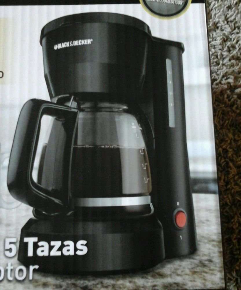 Black and Decker DCM600B 5-Cup Coffeemaker, Black Adjustable Coffee Spouts