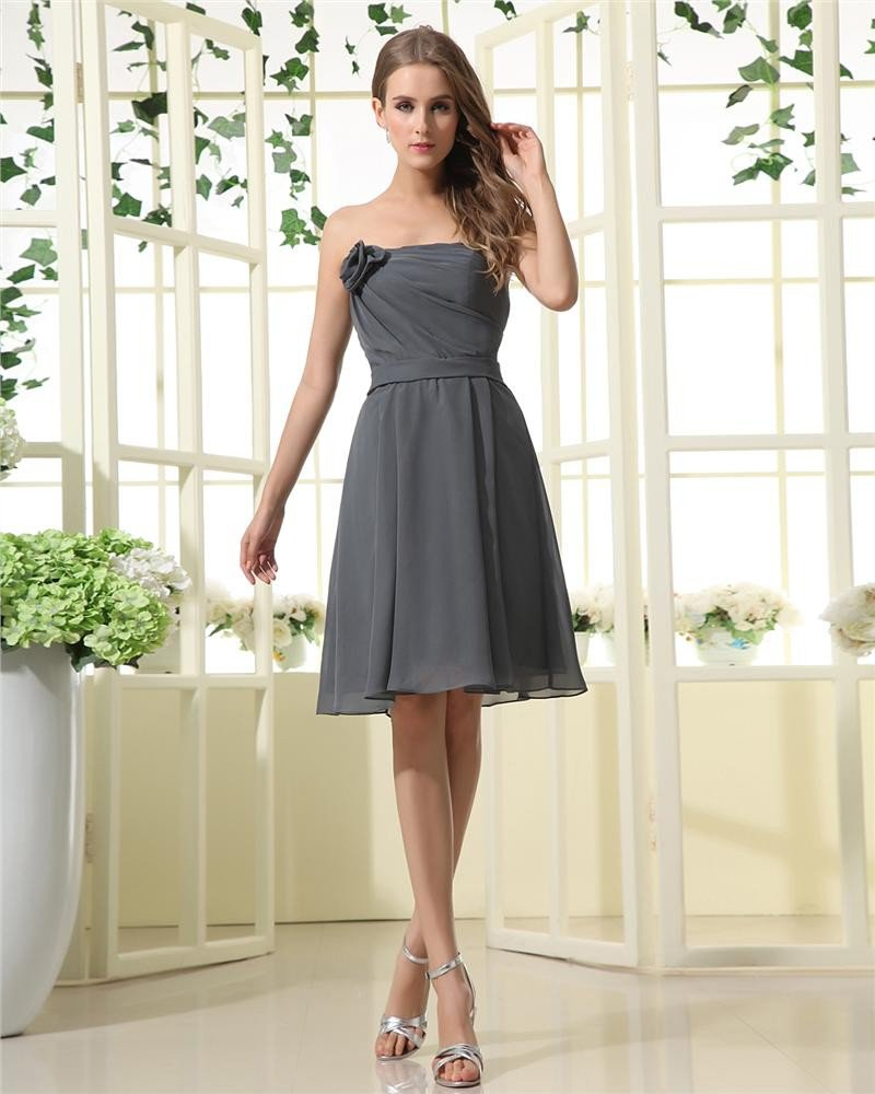 Chiffon Handmade Flower Pleated Strapless Knee Length Bridesmaid Dresses