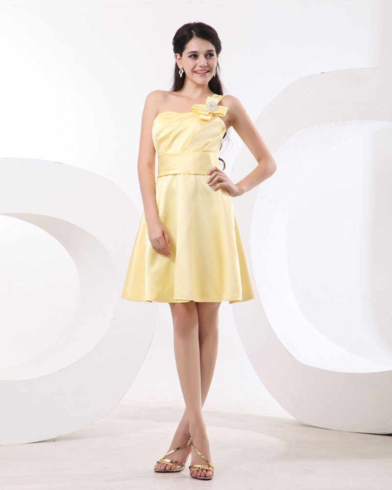 Ruffle One Shoulder Satin Knee Length Bridesmaid Dresses