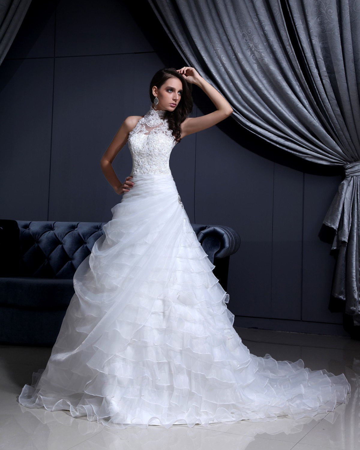 High Neck Lace Beading Chapel A-Line Bridal Gown Wedding Dress