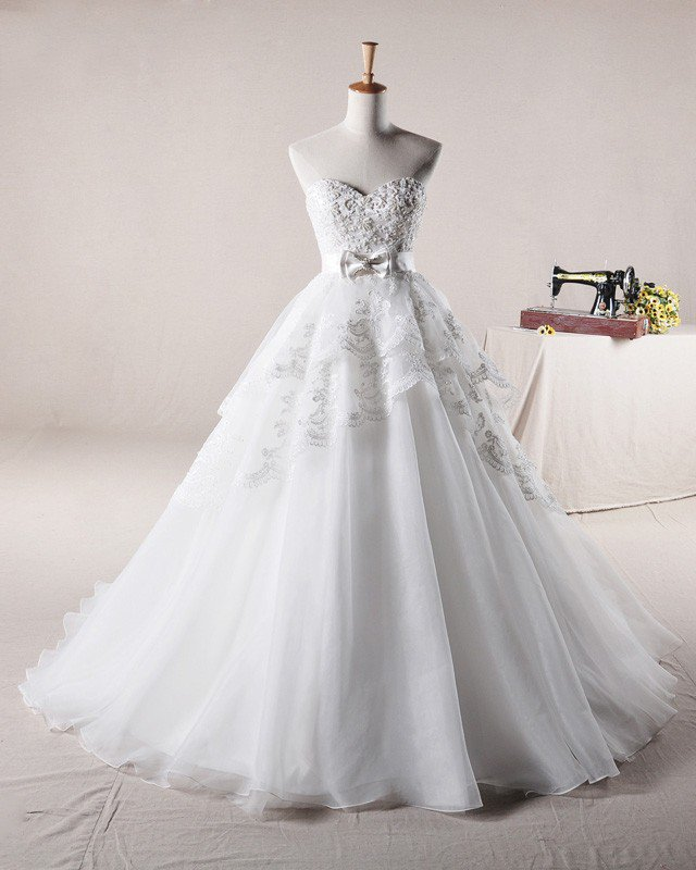 Applique Beading Sweetheart Bow Decoration Organza A Line Wedding Dress