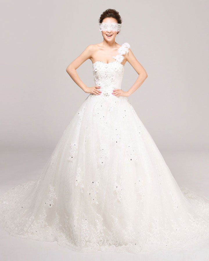 One Shoulder Beading Flower Floor Length Tulle A Line Wedding Dress