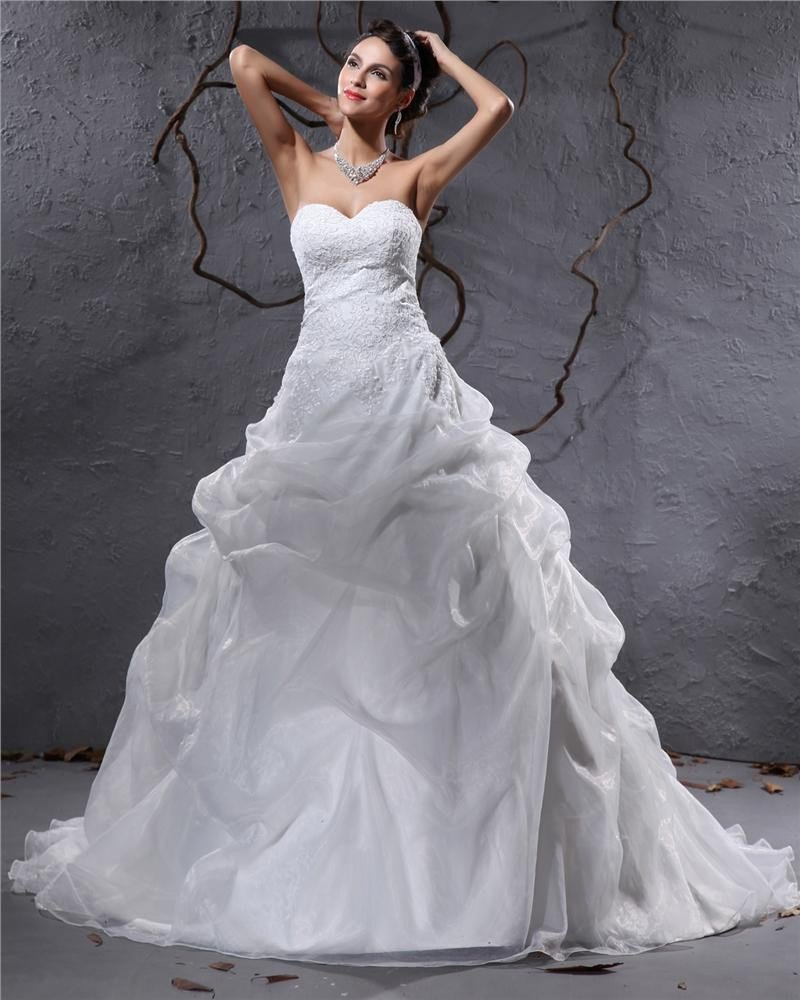 Elegant Organza Pleated Applique Sweetheart Floor Length Court Train Ball Gown Wedding Dress