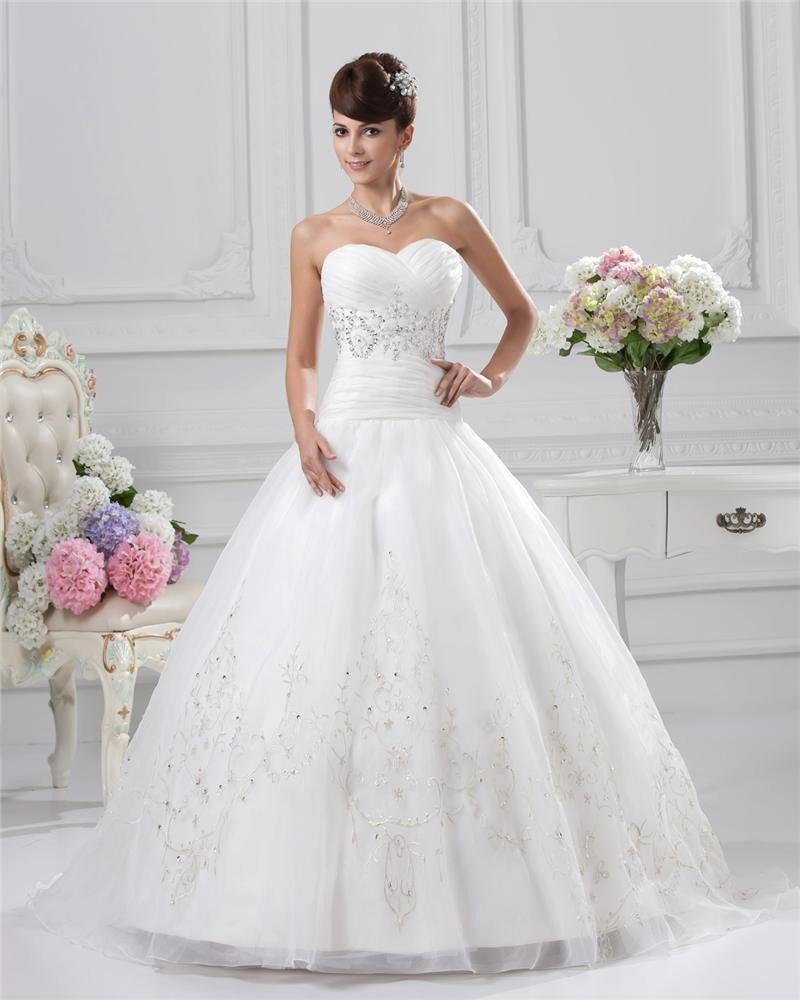 Sweetheart Floor Length Embroidery Beading Pleated Satin Ball Gown Wedding Dress