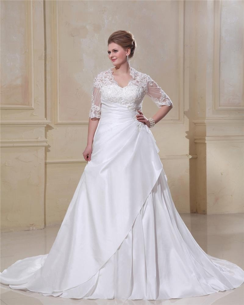 Taffeta Lace Applique Beaded Queen Anne Plus Size Bridal Gown Wedding Dresses