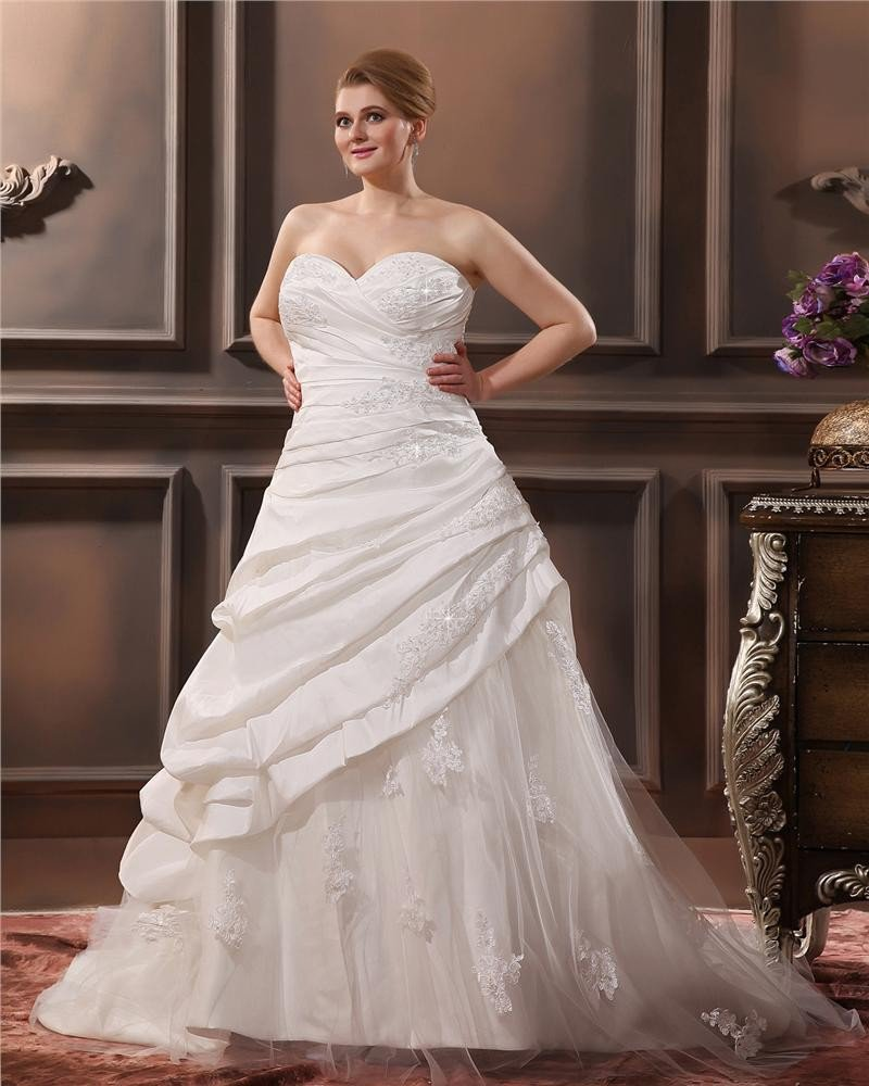 Elegant Taffeta Sweetheart Chapel Train A-Line Bridal Plus Size Wedding Dress