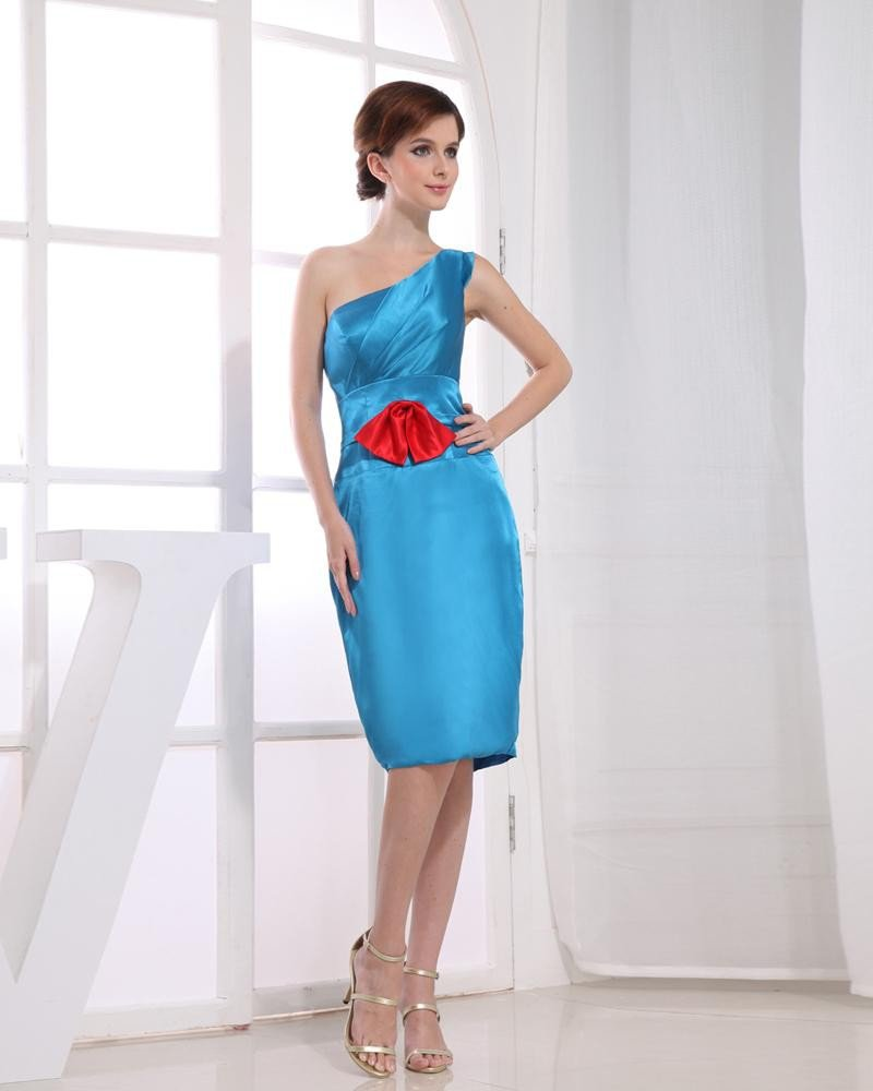 Silk Like Satin Silk Bow Slopping Sleeveless Zipper Knee Length Graduation Dress