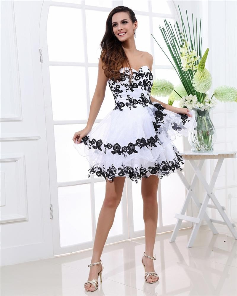Organza Applique Sweetheart Sleeveless Backless Zipper Mini Tiered Homecoming Dress