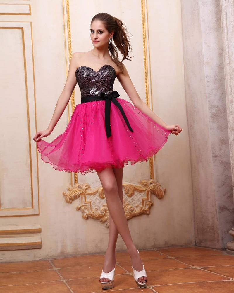 Fashionable Red Organza Sequined Sweetheart Short Graduation Dresses