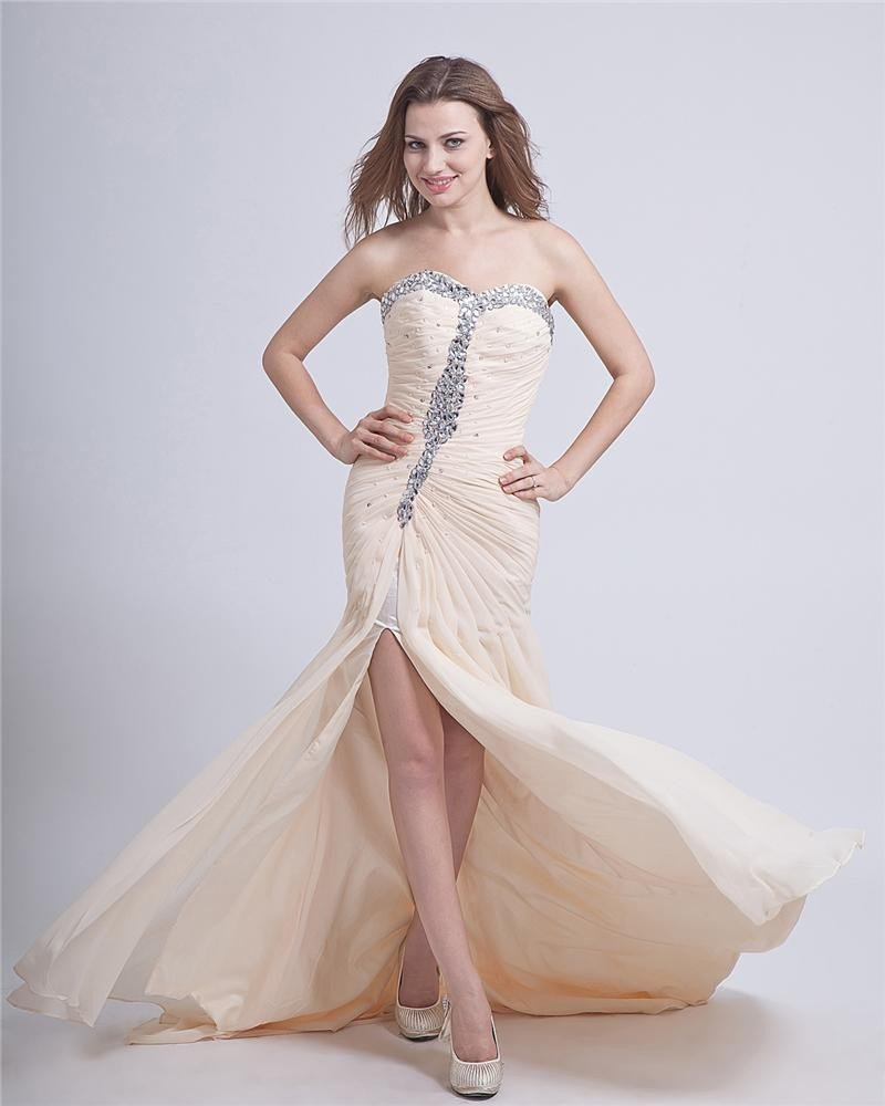 Sheath Beaded Sweetheart Chapel Train Chiffon Prom Dress