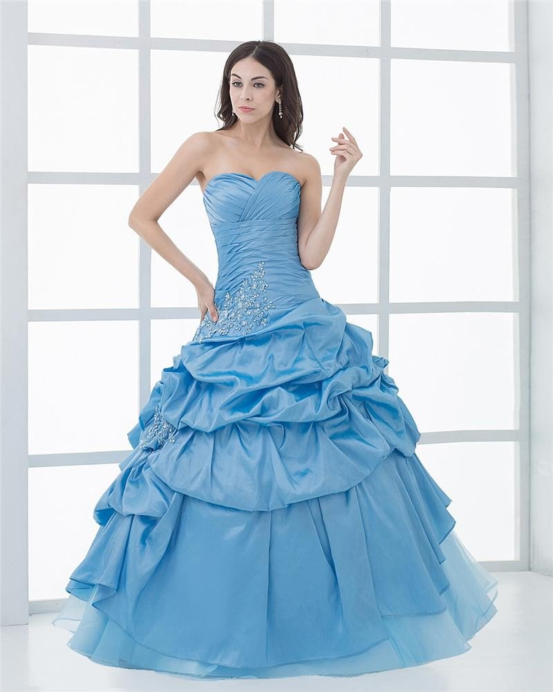 Ball Gown Sleeveless Yarn Embroidery Ruffles Applique Sweetheart Floor Length Quinceanera Prom Dress