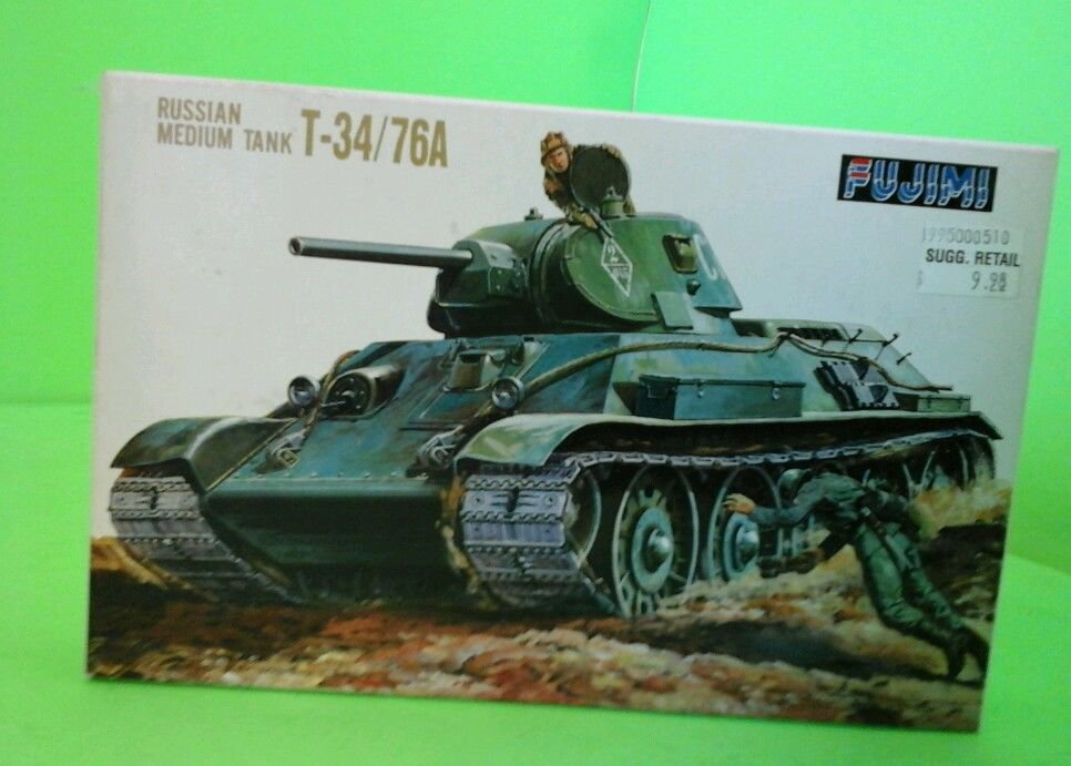 Fujimi WWII Russian Medium Tank T-34/76A-1/76 Scale -FREE SHIPPING