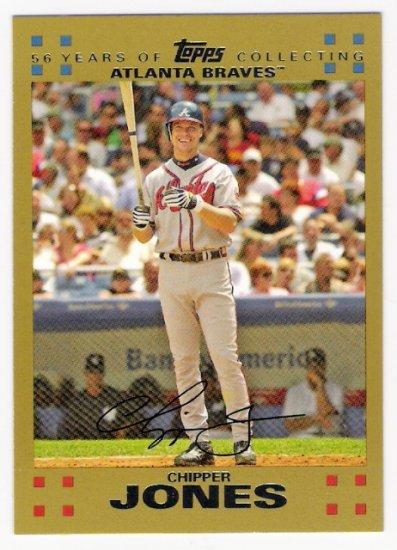 CHIPPER JONES 2007 Topps GOLD Card #90 #'d 558/2007 Atlanta Braves FREE SHIPPING
