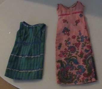 2 BARBIE SEW FREE FASHION DRESSES