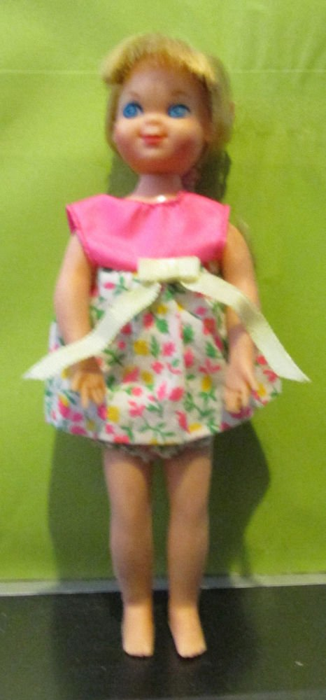 VINTAGE TUTTI DOLL BLONDE HAIR ORIGINAL DRESS WITH PRINT ON SKIRT
