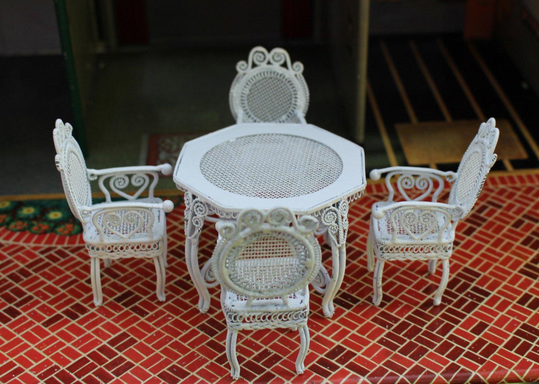 Dollhouse Furniture White Metal Wicker Style Patio Set