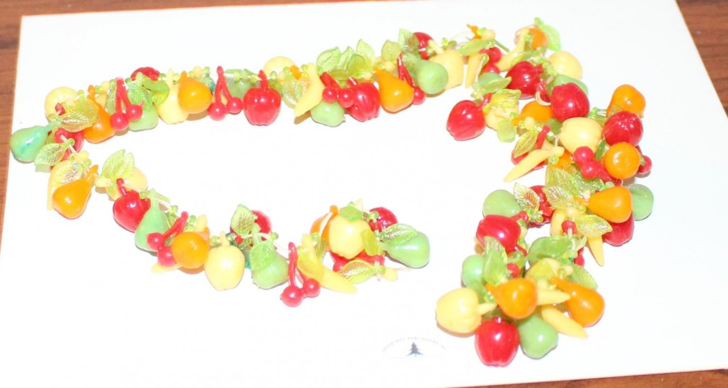 "Dollhouse Miniatures Plastic Fruit 4 Stringing Nice Assortment 12""+ Long Jewelry"