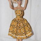 VINTAGE BARBIE CLONE DRESS FITS BARBIE GOLD WHITE FLOWERS STRAPLESS DRESS