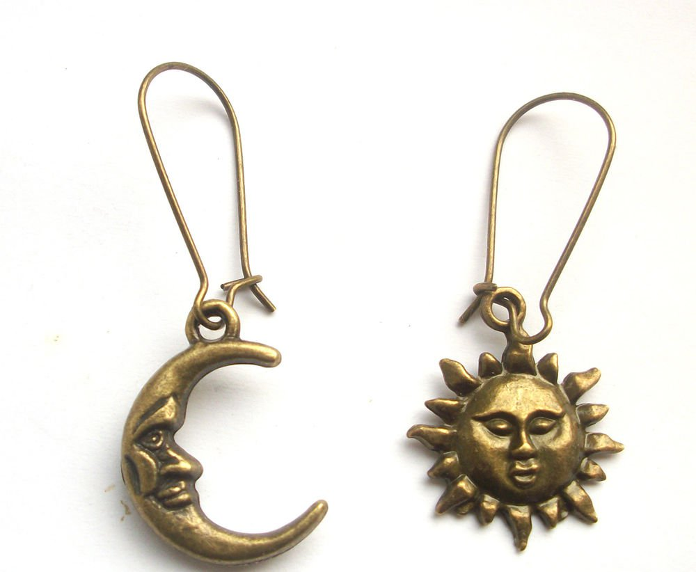 1 pair Celestial Sun & Moon Antiqued Bronze Tone Earrings