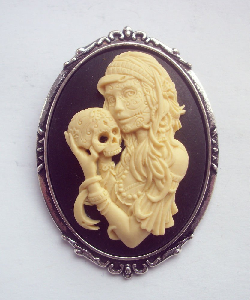 Gothic Zombie Girl with Skull Cameo Brooch 48mm