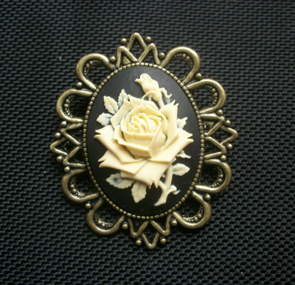 Gothic Rose Cameo Brooch  60mm