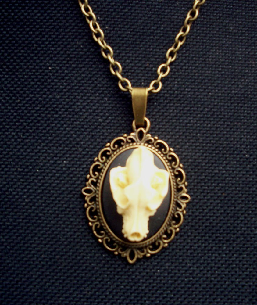 Bat Skull Cameo Pendant Necklace Gothic Antiqued Bronze Tone