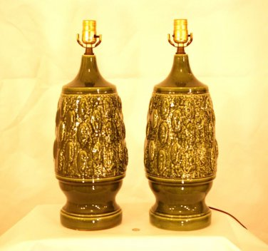 Butt Ugly FAB Pair 2 Table Lamps Avocado Speckle Bumpy Retro California Pottery