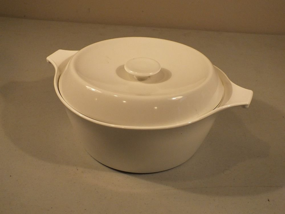 Corning Centura White Coupe 2 Quart Covered Saucepan Cook & Serve