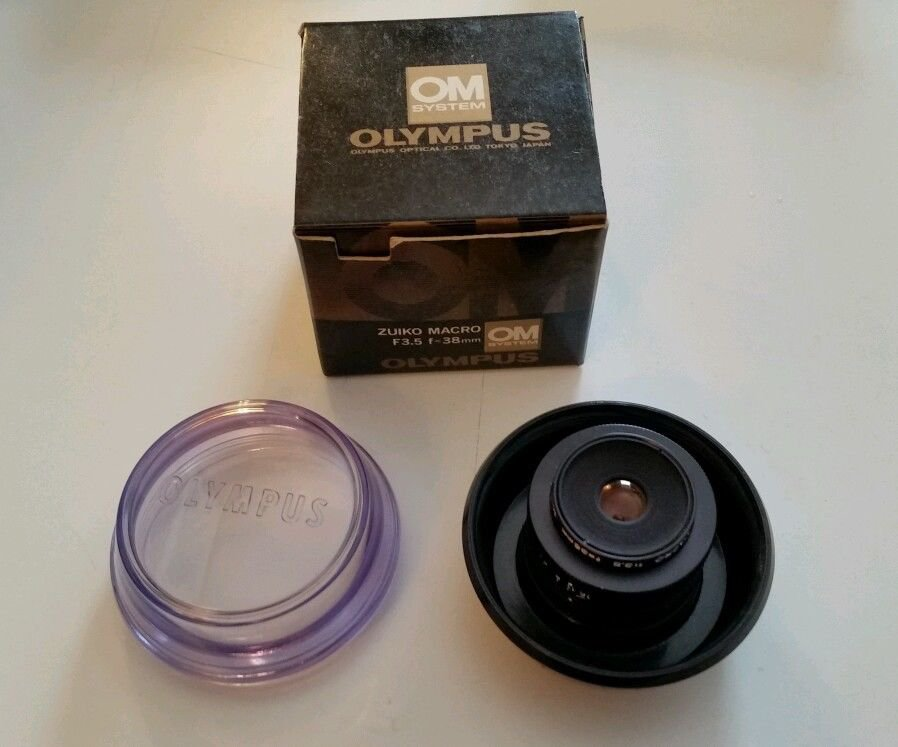 Olympus SLR Camera Lens. ZUIKO MC MACRO 38mm f3.5 thread mount