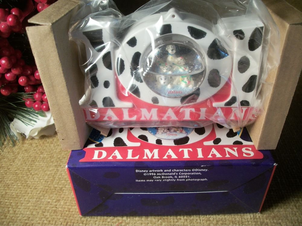 Disney's 101 Dalmatians McDonald's 1996 Celebration Snow Globe Black White Dogs