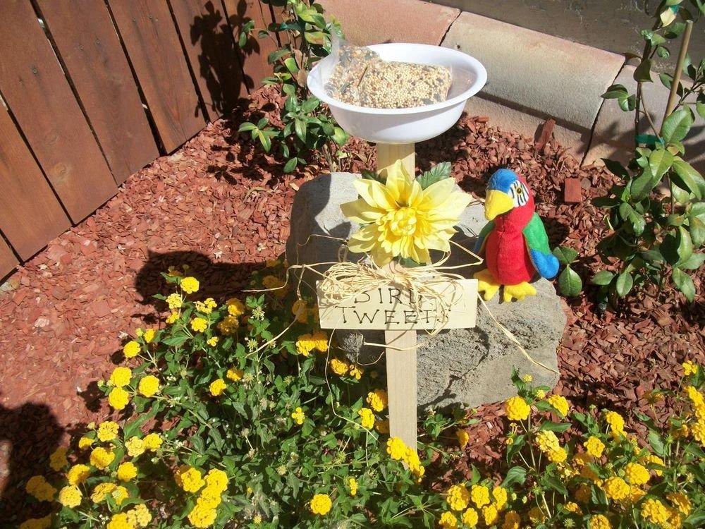 Bird Tweets Bird Feeder New Handmade White Dish Yellow Flower Yard Garden Art