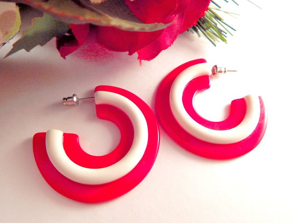 Hoop Earrings Red & White Resin Vintage 1980s Big Bold Hip Hop Fashion Jewelry