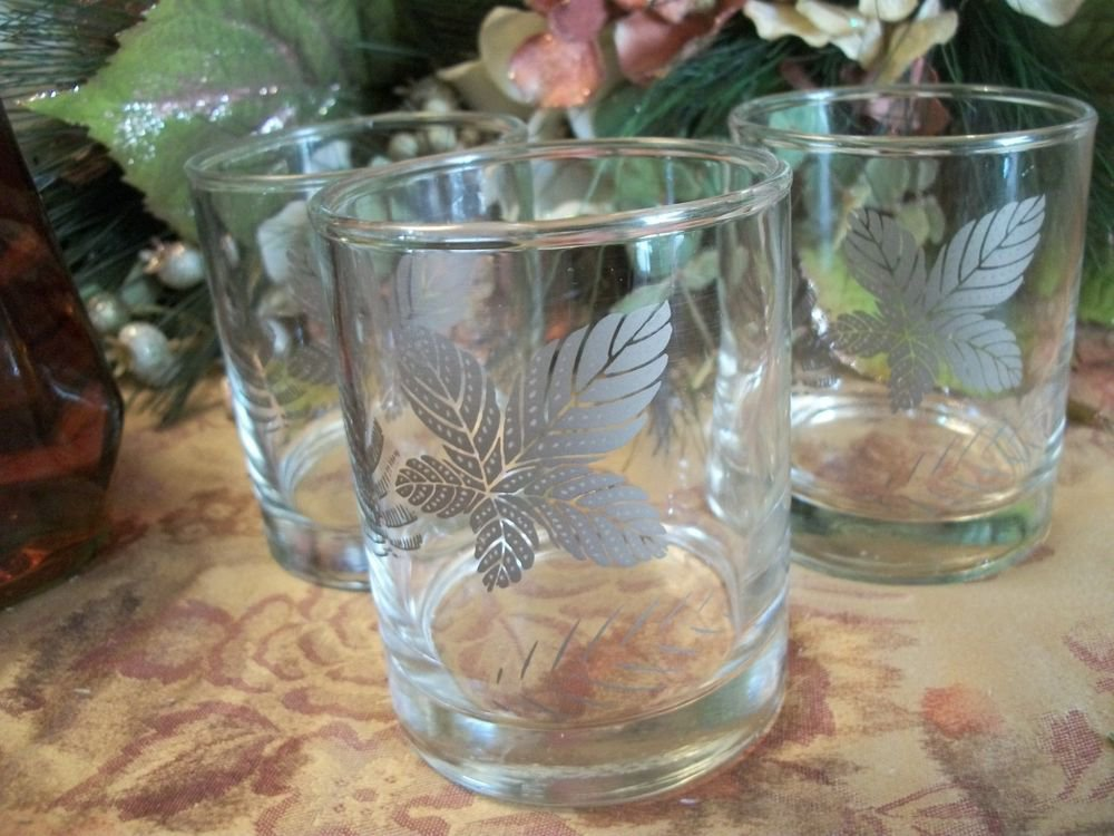 Beverage Glasses Three VTG Libbey Silver Leaf Leaves Mod 1960's Home Barware